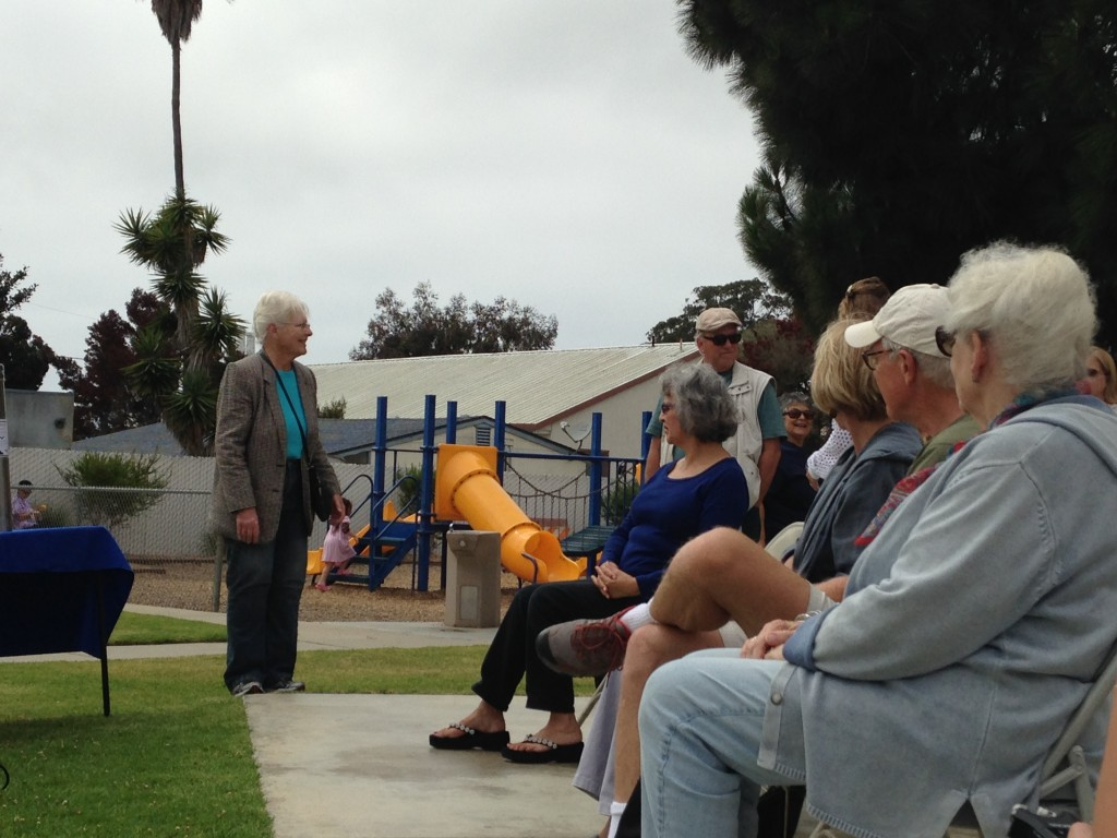 Linda Estes, Historical Society of Morro Bay President, addresses the crowd.