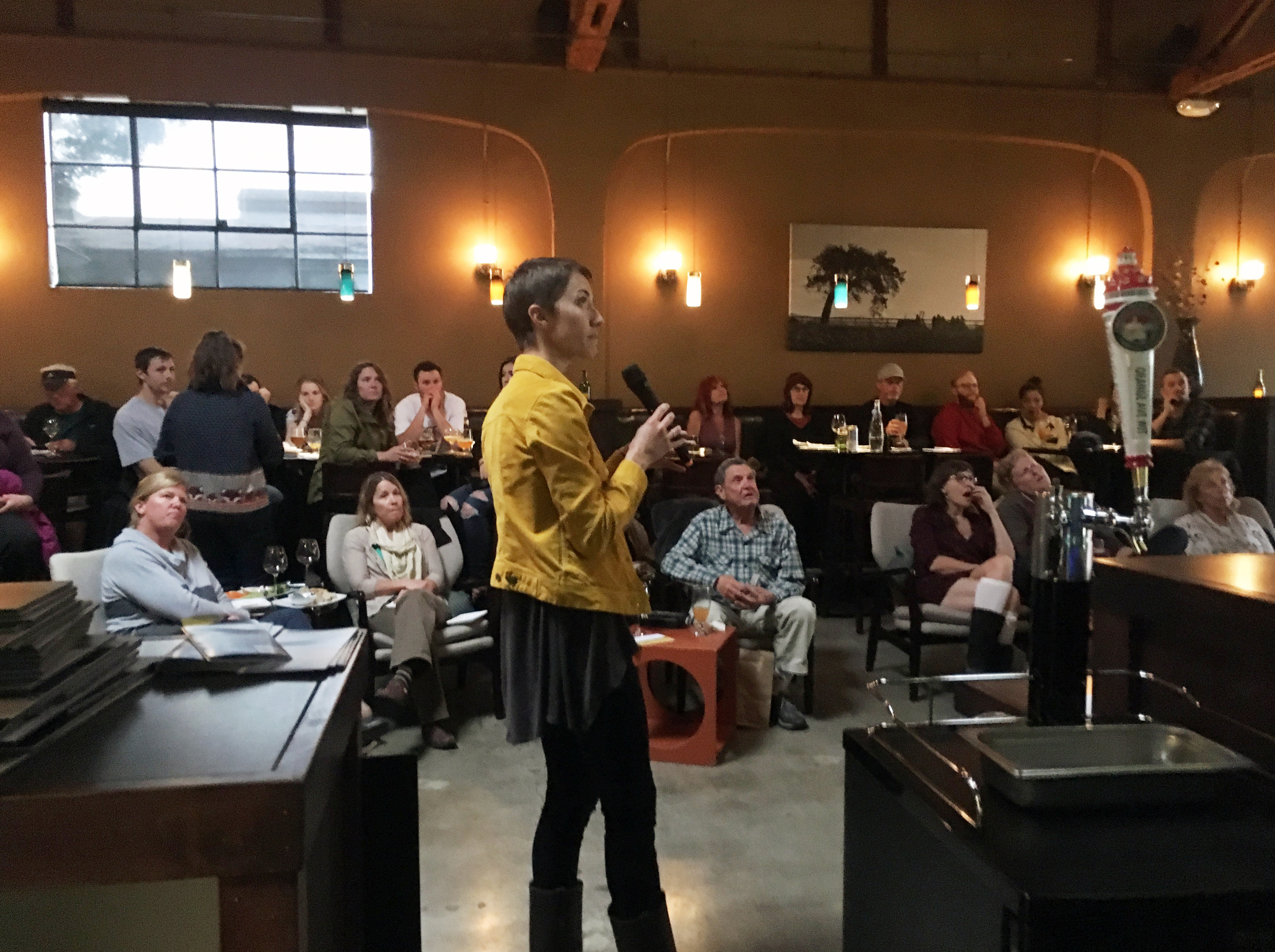 We gave a talk about our dynamic bay, focusing on eelgrass, sediment, and climate change, at Luis Wine Bar during Science After Dark.
