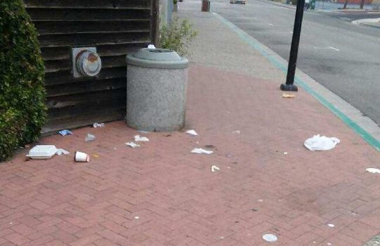 Trashcan on the Embarcadero overflows
